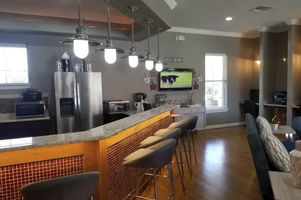 Clubhouse with Coffee Bar and WiFi
